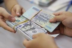 Lãi suất tăng trên liên ngân hàng, USD giảm giá