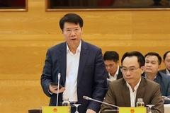 Thứ trưởng Y tế: 'Xem xét giãn cách xã hội nơi có nguy cơ cao ở TP HCM'