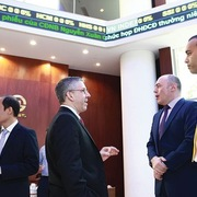 Khối ngoại sàn HoSE mua ròng 706 tỷ đồng thông qua khớp lệnh trong tuần 30/11-4/12