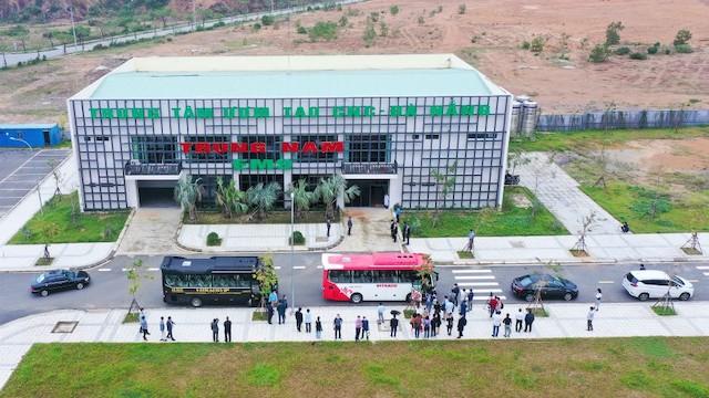 Các nhà đầu tư Hàn Quốc tham quan thực địa tại Khu Công nghệ thông tin tập trung Đà Nẵng.