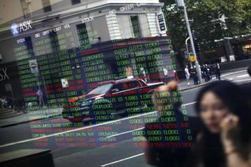 Nhà đầu tư thận trọng trước diễn biến Covid-19, chứng khoán châu Á trái chiều
