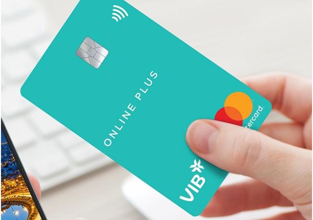VIB tiên phong trên thị trường thẻ tín dụng sau 2 năm