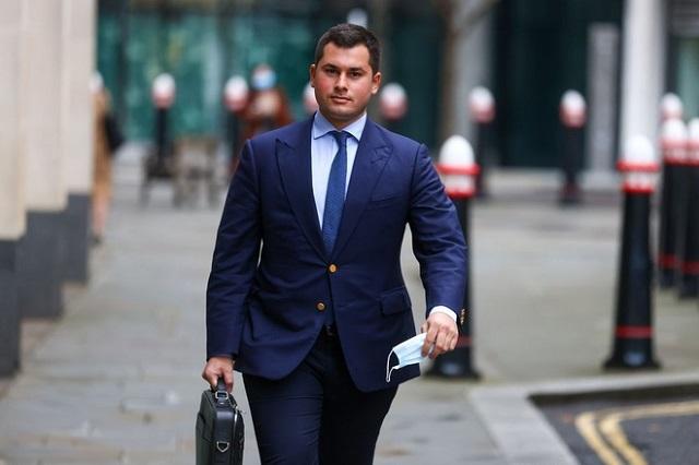 Tỷ phú Nga tức giận vì con trai thua lỗ 50 triệu USD