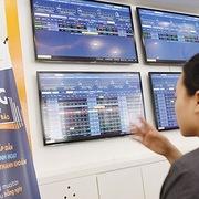 Siết trái phiếu doanh nghiệp: Coi chừng siết quá tay