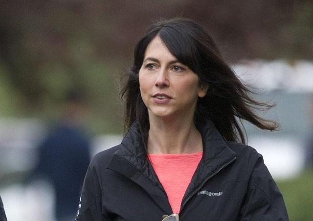 Vợ cũ ông chủ Amazon chi hơn 4 tỷ USD làm từ thiện trong 4 tháng