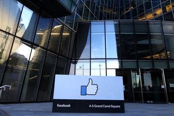 Facebook điều chỉnh thỏa thuận tại Anh để 'né' luật bảo mật