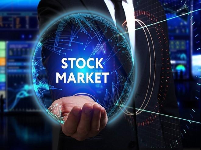 Nhiều cổ phiếu ngân hàng bứt phá, VN-Index lên gần 12 điểm