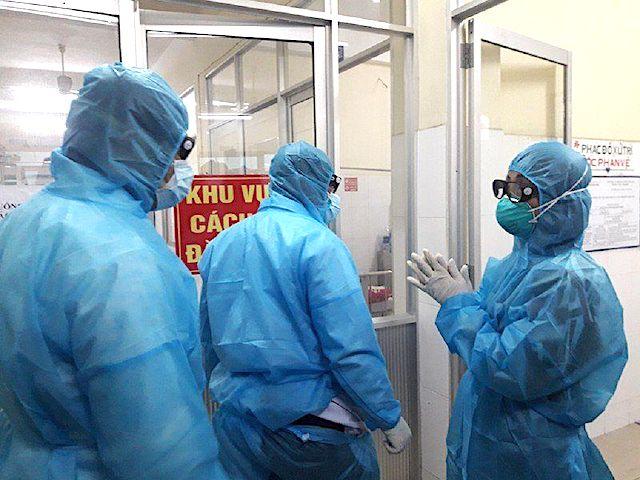 Ngày 17/12: Thêm 2 ca nhiễm Covid-19, 11 người khỏi bệnh
