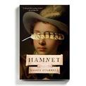 """<p class=""""Normal""""> <strong>Hamnet - Maggie O'Farrell</strong></p> <p class=""""Normal""""> Cuốn sách mang về cho Maggie O'Farrell giải Women's Prize for Fiction năm 2020 kể về câu chuyện của con trai Shakespeare được viết trên những sự kiện có thật.</p> <p class=""""Normal""""> Tác phẩm mở đầu bằng cái chết của một cậu bé 11 tuổi và đi sâu vào mối quan hệ giữa Hamnet, mẹ của cậu là Agnes và người cha (nhà viết kịch nổi tiếng William Shakespeare). Và chính Hamnet có thể đã là nguồn cảm hứng để William Shakespeare viết nên vở kịch Hamlet nổi tiếng sau này.</p> <p class=""""Normal""""> Cuốn sách mô tả lại nỗi đau bất tận của người mẹ khi nhìn thấy con mình lìa xa cõi đời mà không có cha ở bên cạnh. Tuy vậy, điểm độc đáo của cuốn sách nằm ở chỗ, xuyên suốt Hamnet, tên của nhà viết kịch vĩ đại Shakespeare không được nhắc đến dù chỉ một lần.</p>"""