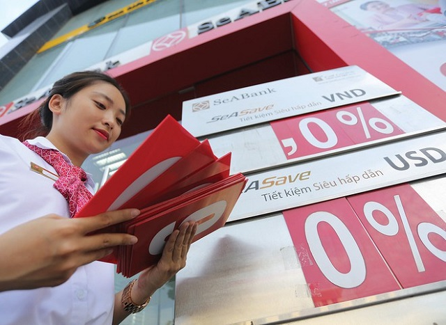 Lãi suất cho vay liên ngân hàng gần 0%