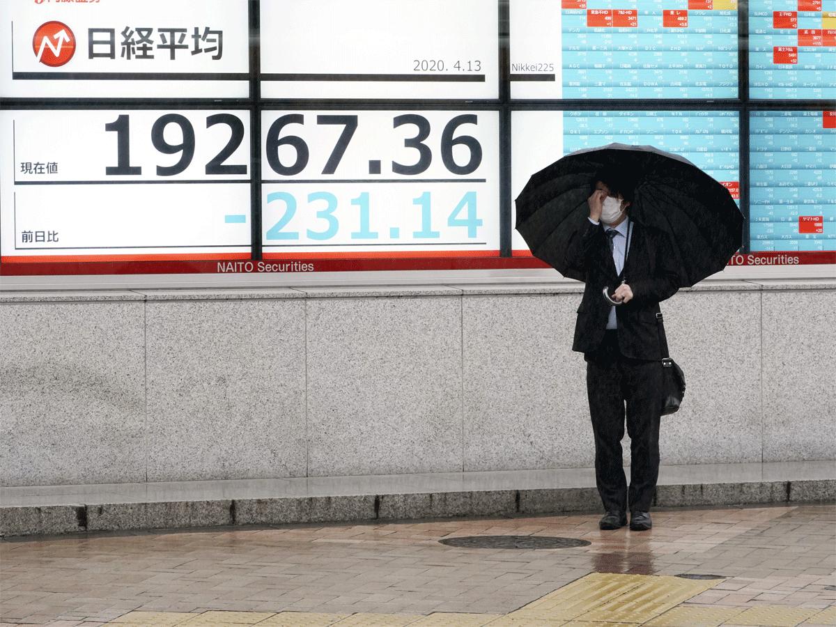 Chứng khoán châu Á trái chiều, chờ quyết sách lãi suất từ Nhật Bản