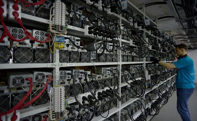 Giá 'trâu cày' Bitcoin tăng chóng mặt, các thợ đào bắt đầu tìm đến các loại VGA để thay thế
