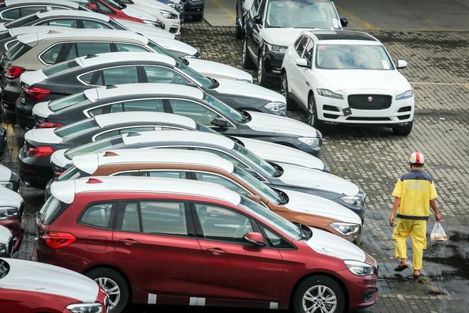 Ôtô Thái Lan, Indonesia giá gốc dưới 500 triệu đổ về Việt Nam