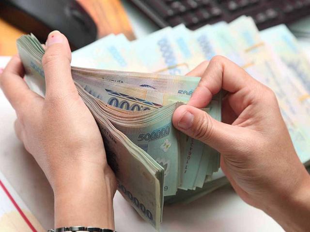 Doanh nghiệp xoay vốn trả nợ cuối năm