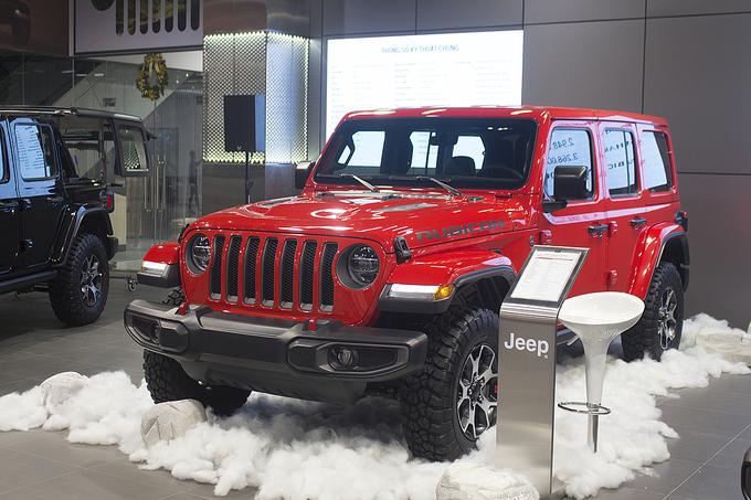 Xe Jeep trở lại thị trường Việt, giá từ 3 tỷ đồng