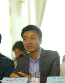Ông Nguyễn Thành Trung: Khi thị trường nóng là hầu hết các nhà đầu tư dễ bị say nắng, sợ mất cơ hội là cứ đến mua. Nhưng đừng để say nắng trong thị trường có nhiều gió.