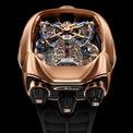 <p> Với số lượng giới hạn 72 chiếc, phiên bản đầu tiên sở hữu vỏ màu vàng hồng 18 karat, với tinh thể sapphire chống phản chiếu đặc biệt, ốp mở phía sau cũng có màu vàng hồng 18 karat và các núm điều chỉnh bằng titan DLC màu đen có in nổi logo Bugatti. Phiên bản thứ hai cũng tương tự nhưng được trang trí bằng những viên kim cương trắng lấp lánh và chỉ giới hạn sản xuất 52 chiếc.</p>