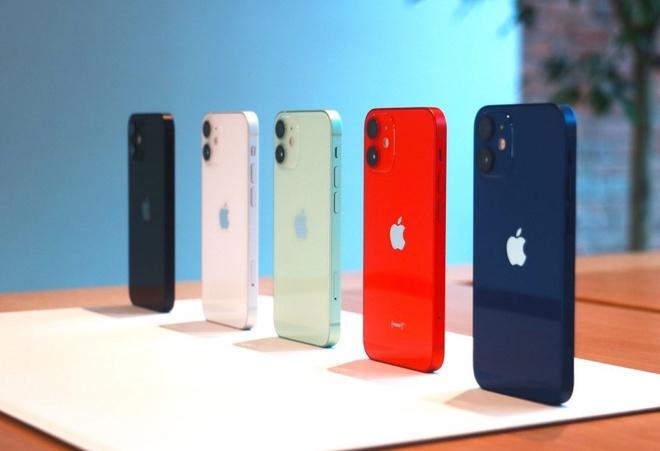 Vừa lên kệ, iPhone 12 chính hãng đã giảm giá tại Việt Nam