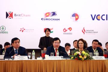 Phó Thủ tướng Phạm Bình Minh: Chủ động đón làn sóng đầu tư mới