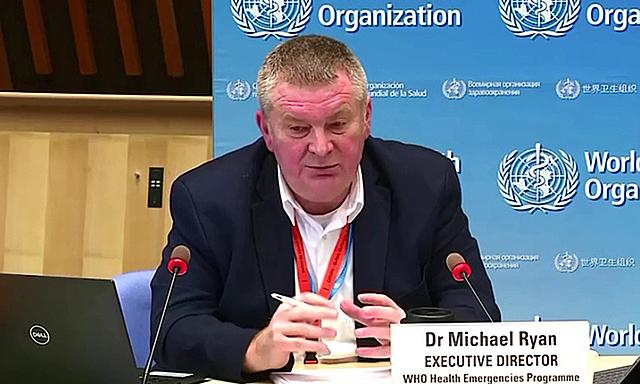 Giám đốc phụ trách tình trạng khẩn cấp của WHO Mike Ryan tại cuộc họp báo ở Geneva, Thụy Sĩ hôm 15/12. Ảnh: Reuters.