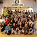 """<p class=""""Normal""""> <strong>JobHopin</strong></p> <p class=""""Normal""""> Giá trị đầu tư: 2,45 triệu USD</p> <p class=""""Normal""""> Tháng 5, startup tuyển dụng ứng dụng AI và máy học JobHopin của Việt Nam công bố gọi vốn thành công 2,45 triệu USD trong vòng Series A, nâng tổng số tiền huy động được lên hơn 3 triệu USD. Năm 2018, startup này từng được đầu tư 710.000 USD trong vòng hạt giống.</p> <p class=""""Normal""""> Các nhà đầu tư rót vốn cho JobHopin qua 2 vòng bao gồm Sema Translink, KK Fund, Mynavi Corporation, Edulab Capital Partners, NKC Asia, Canaan Capital và một số nhà đầu tư thiên thần của Việt Nam. JobHopin do Kevin Tùng Nguyễn – 9X từng lọt Top 30 under 30 của Forbes châu Á năm 2019 – sáng lập năm 2017 và đảm nhiệm vị trí CEO. (Ảnh: <em>JobHopin)</em></p>"""