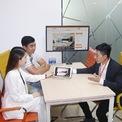 """<p class=""""Normal""""> <strong>Propzy: 25 triệu USD</strong></p> <p class=""""Normal""""> Tháng 6, Propzy – startup trong lĩnh vực proptech (ứng dụng công nghệ vào bất động sản) tại Việt Nam – công bố gọi vốn thành công 25 triệu USD trong vòng Series A. Dẫn đầu vòng rót vốn này là Gaw Capital và SoftBank Ventures Asia – quỹ chuyên đầu tư vào startup châu Á giai đoạn đầu của tập đoàn Nhật Bản SoftBank. Các nhà đầu tư khác bao gồm Next Billion Ventures, RHL Ventures, Breeze, FEBE Ventures, RSquare và Insignia.</p> <p class=""""Normal""""> Ra đời năm 2016, công nghệ của Propzy tham gia vào mọi giai đoạn của một giao dịch bất động sản, từ các trung tâm giao dịch truyền thống đến nền tảng giao dịch trực tuyến, các sản phẩm tài chính như cho vay thế chấp và cuối cùng là phần mềm doanh nghiệp của người quản lý và thuê nhà. (Ảnh: <em>Propzy</em>)</p>"""