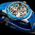 <p> Kỷ niệm 75 năm thành lập, thương hiệu môtô MV Agusta vừa tung ra mẫu đồng hồ đeo tay RO-NI RMV MV Agusta.</p>