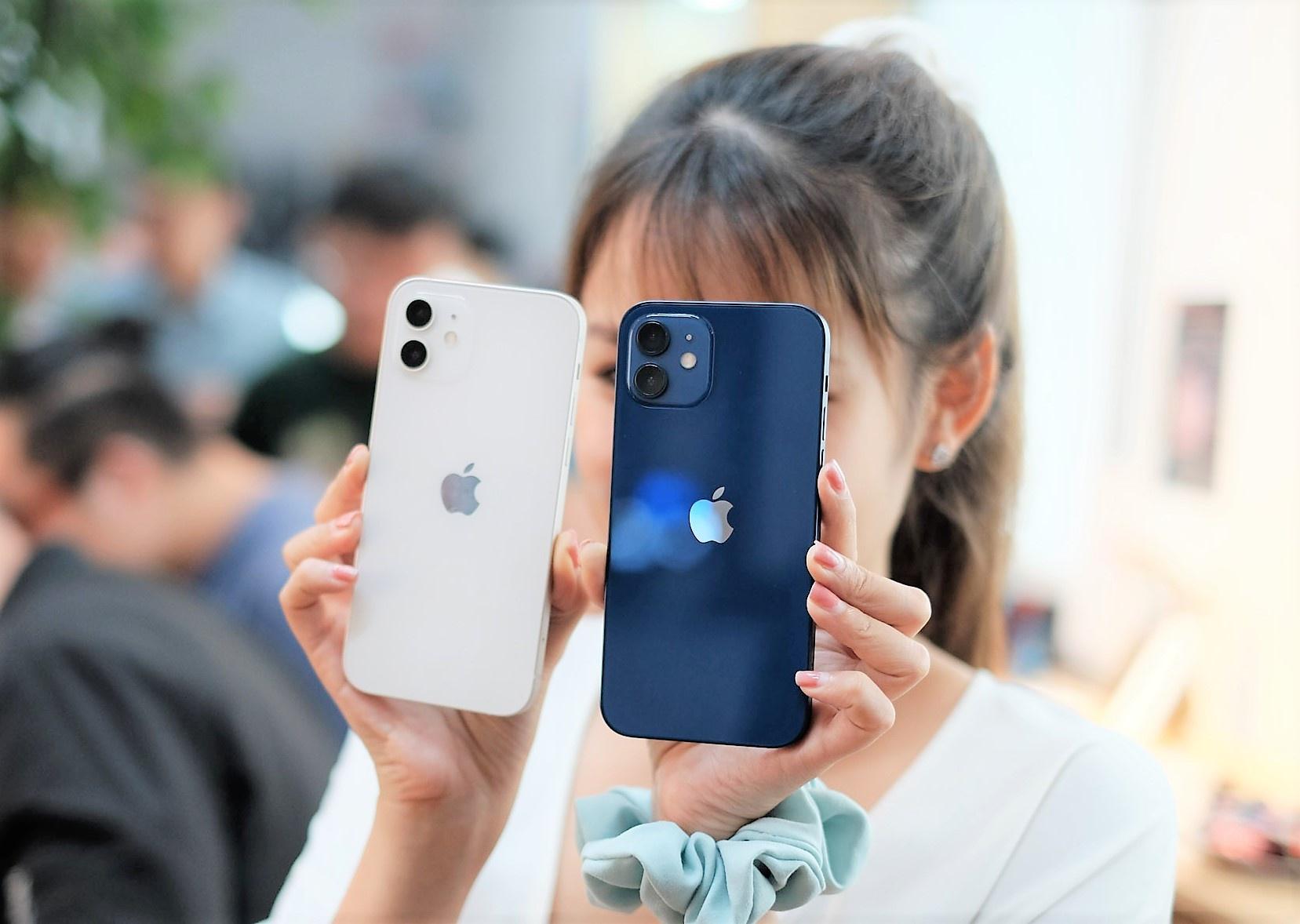 iPhone 12 và loạt smartphone đang giảm giá tại Việt Nam