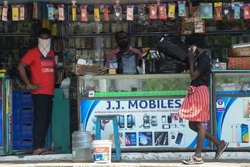 Ấn Độ muốn vượt Trung Quốc về sản xuất điện thoại di động