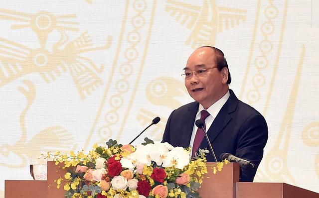 Thủ tướng: Chính phủ đặt mục tiêu GDP tăng trưởng 6,5% năm sau