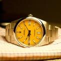 <p> Ngoài màu sắc, lần này Rolex sử dụng mặt số sơn mài, thiết kế thường thấy ở đồng hồ cổ của hãng. Mẫu phụ kiện trị giá 7.031 USD được trang bị bộ máy Rolex 3230 với khả năng dự trữ năng lượng trong 70 giờ. Ảnh: <em>Watch Charts.</em></p>