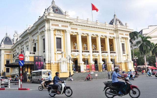 Hà Nội phấn đấu GRDP tăng 7,5% vào 2021