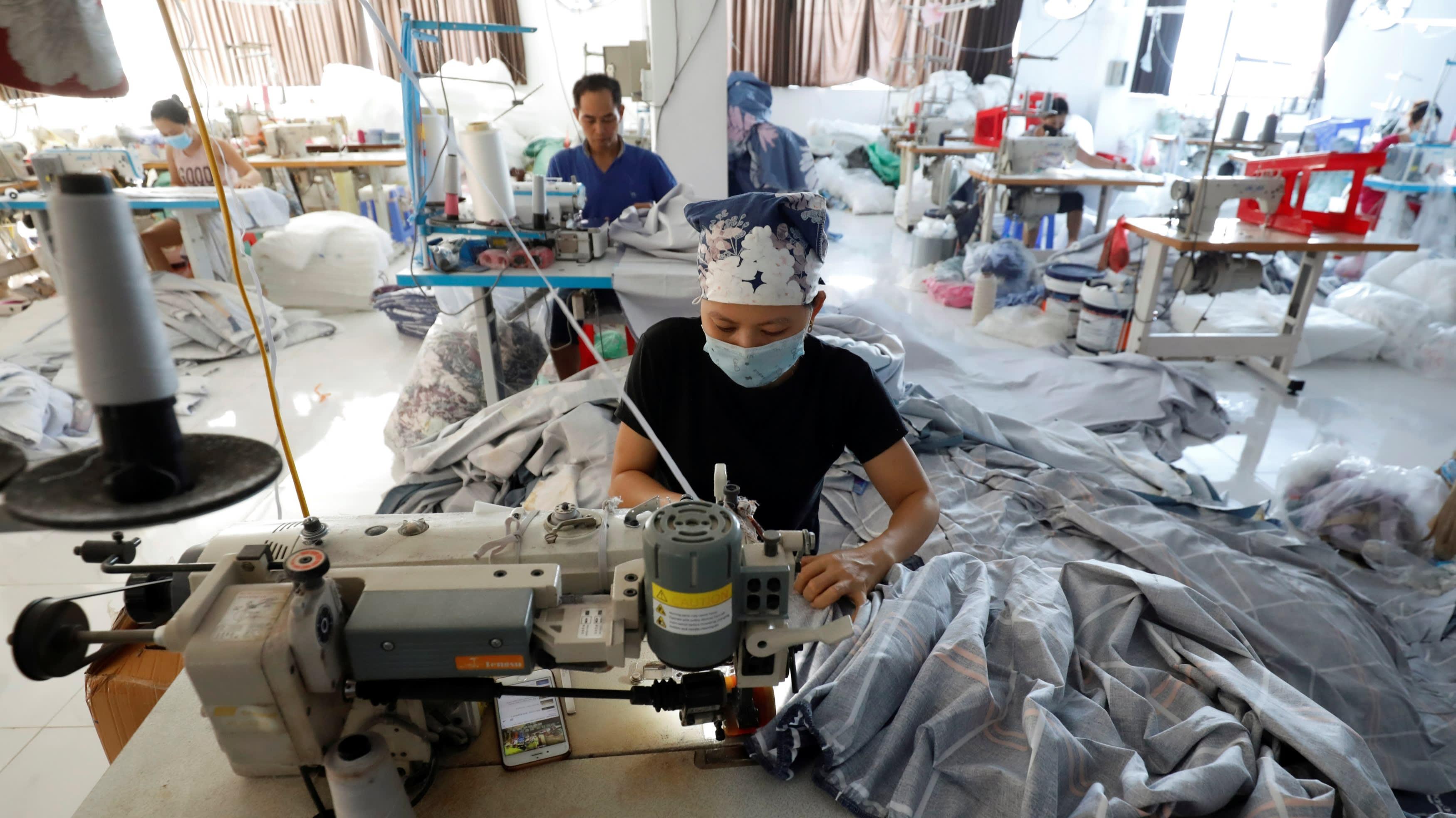 Nikkei: Kinh tế Việt Nam tăng trưởng vượt Indonesia, Malaysia trong năm 2021
