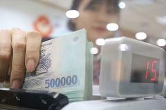 Về cáo buộc Việt Nam thao túng tiền tệ: Nước Mỹ đang hưởng lợi lớn từ thâm hụt thương mại
