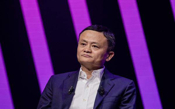 2 tháng bão táp trong cuộc đời Jack Ma: Tài sản bốc hơi 11 tỷ USD chỉ vì một lần vạ miệng