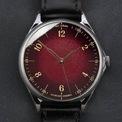 <p> Sắc đỏ mận mang đến tạo hình mới lạ cho <strong>Anordain Model 1 Plum Fumé.</strong> Bên cạnh đó, kiểu dáng đồng hồ phù hợp với nam và nữ. Các tín đồ cần chi hơn 2.300 USD để sở hữu món phụ kiện này. Ảnh: <em>Cool Material.</em></p>