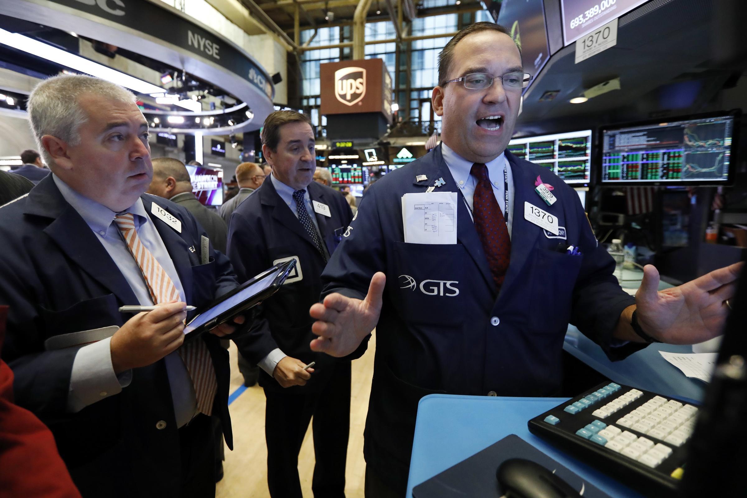 Phố Wall tăng điểm nhờ kỳ vọng kinh tế phục hồi, Dow Jones lập đỉnh
