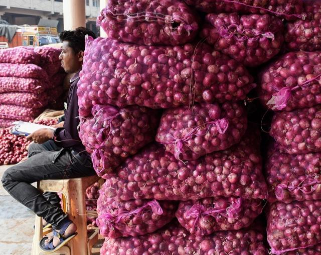 Ấn Độ dỡ bỏ lệnh cấm xuất khẩu hành từ 1/1/2021