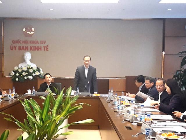 Phiên thẩm tra của Thường trực Uỷ ban Kinh tế (Ảnh Quochoi.vn).