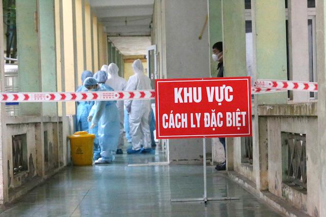 Ngày 1/1: Thêm 9 ca nhiễm Covid-19, đều là người nhập cảnh