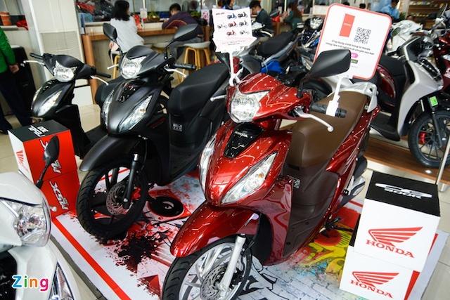 Nhiều mẫu xe máy được giảm giá dịp đầu năm