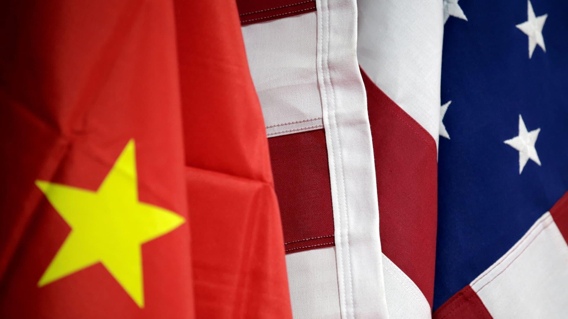Trung Quốc tuyên bố đáp trả vụ Mỹ hủy niêm yết 3 công ty khỏi NYSE