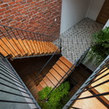 <p> Tất cả không gian chức năng trong nhà đều được tiếp xúc với ánh sáng tự nhiên, thông gió và cây xanh. Đây cũng là điều mong muốn ngay từ khi bắt đầu thiết kế của gia chủ và kiến trúc sư.</p>