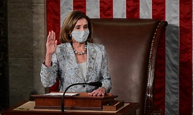 Chủ tịch Hạ viện Mỹ Nancy Pelosi trong cuộc họp tại thủ đô Washington hôm 3/1. Ảnh: AFP.