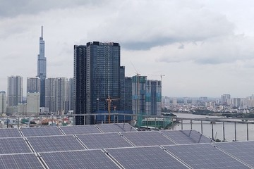 Điện mặt trời mái nhà phát triển bùng nổ