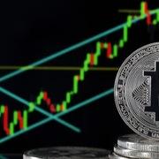 Giá Bitcoin vượt 37.700 USD, tổng vốn hóa tiền điện tử trên 1.000 tỷ USD