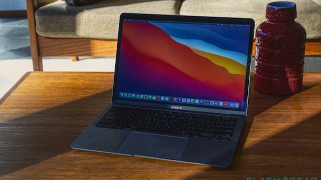 MacBook trong tương lai có thể sạc pin cho iPhone