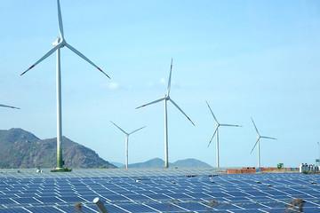 Ninh Thuận đề nghị bổ sung 17.000MW năng lượng tái tạo vào quy hoạch