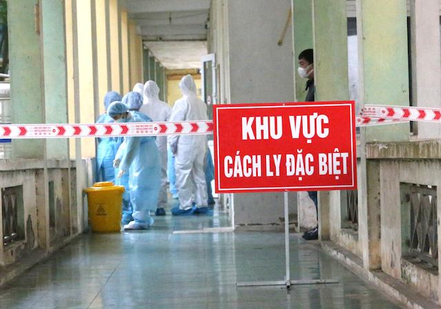 Việt Nam có thêm 4 ca nhiễm Covid-19 hôm nay (7/1).