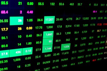 Hơn 1 tỷ cổ phiếu chuyển nhượng trên 3 sàn, VN-Index tăng hơn 11 điểm